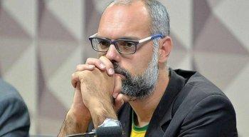 Quem é Allan dos Santos, jornalista que teve prisão e extradição determinadas por ministro do STF?