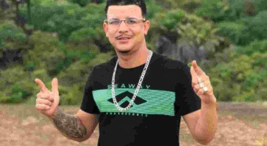 O MC teve o túmulo violado e o corpo queimado no Cemitério de São José.