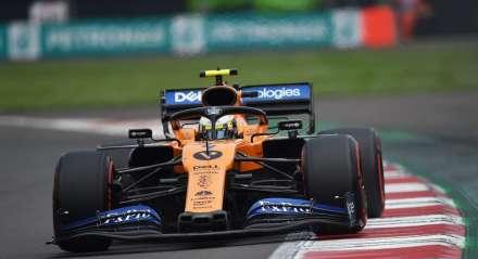 Nesta foto de arquivo tirada em 10 de maio de 2019, o piloto espanhol da McLaren, Carlos Sainz Jr, participa da segunda sessão de treinos no Circuito da Catalunha, em Montmelo, nos arredores de Barcelona, antes do Grande Prêmio de Fórmula 1 da Espanha. O piloto espanhol Carlos Sainz Jr participará da nova temporada da Fórmula 1 a partir de 15 de março de 2020 com o Grande Prêmio da Austrália.