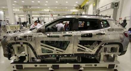 Linha de produção Jeep. Lançamento do Jeep Compass da FCA. A Jeep apresenta o seu terceiro carro o Jeep Compass.