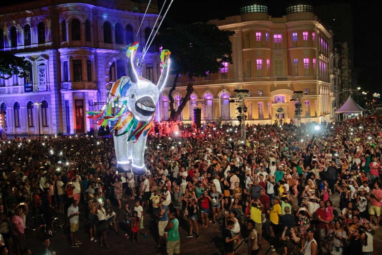 Após confirmação de coronavírus no Recife, espetáculo O Boi Voador é adiado