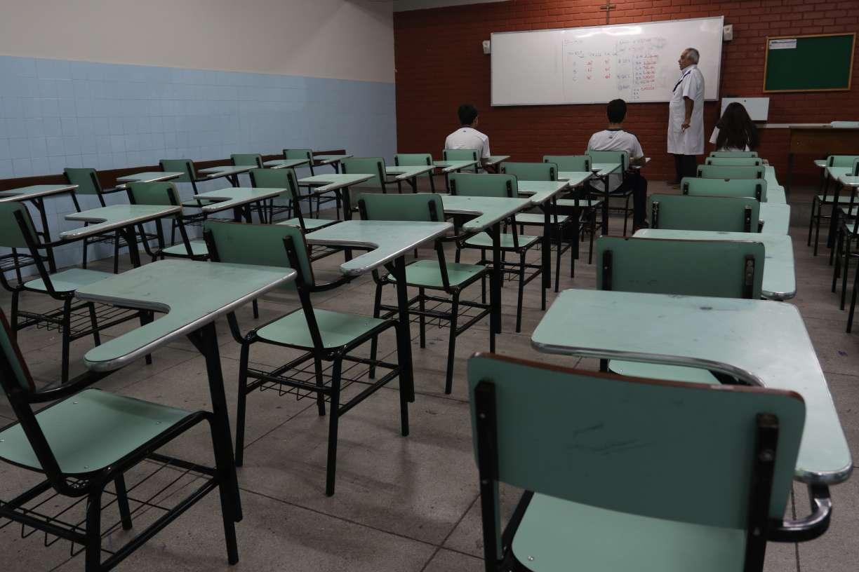 Férias das escolas privadas de Pernambuco são antecipadas para abril por causa do coronavírus