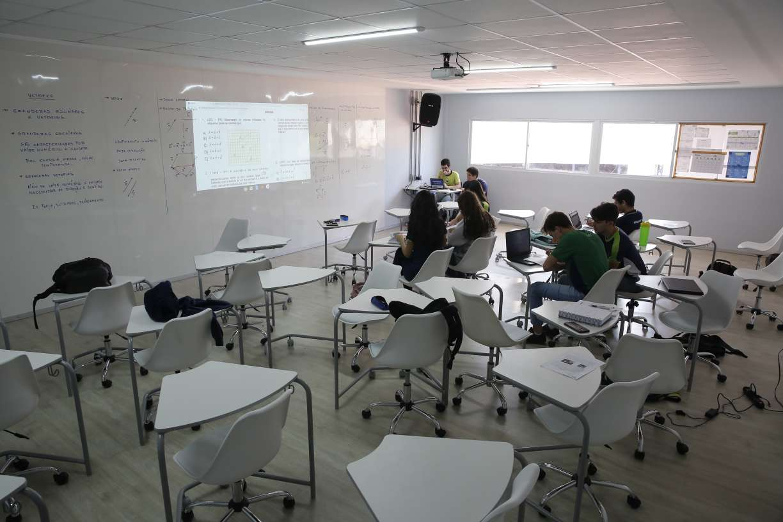Sindicato das escolas particulares contesta decisão da Justiça de Pernambuco que reduziu mensalidades de colégios