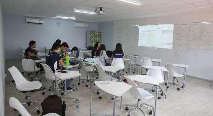 Movimentação nas escolas particulares devido a epidemia do Coronavírus que chega a Pernambuco.