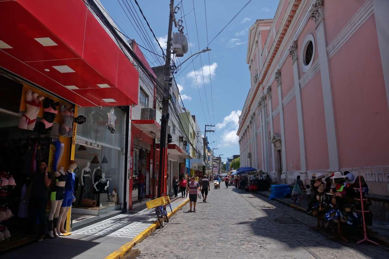 Coronavírus: Pernambuco vai fechar todo o comércio, serviços e construção civil a partir do próximo domingo (22)