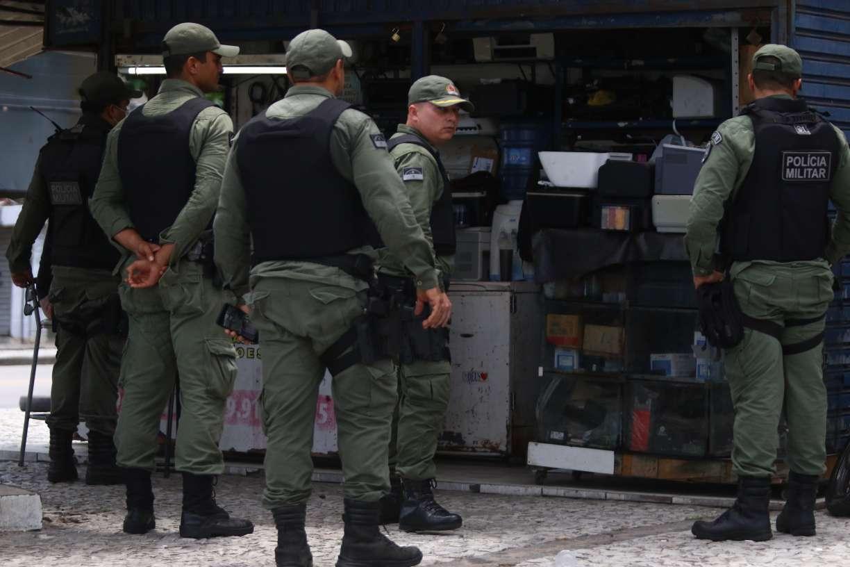 Sem proteção, 70% dos policiais temem contrair covid-19