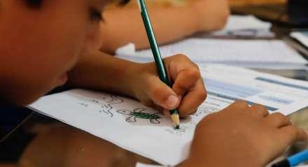 Lucas Veras, 6 anos, estudante. Coronavírus, Novo Coronavírus, Covid-19, isolamento social, tarefas atividades escolares, alunos, pais.