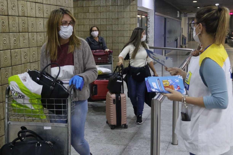 Opas considera prudente manter restrições por coronavírus por até três meses