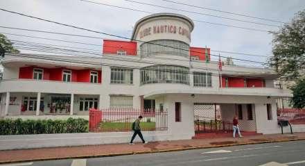 Foto: Sérgio Bernardo/JC Imagem Data: 25.06.2015 Assunto: Cidades - Prédios com o estilo arquitetônico Art Deco. Sede do Clube Náutico Capibaribe, na Avenida Rosa e Silva, Aflitos, Recife. Palavras-Chaves: - ##