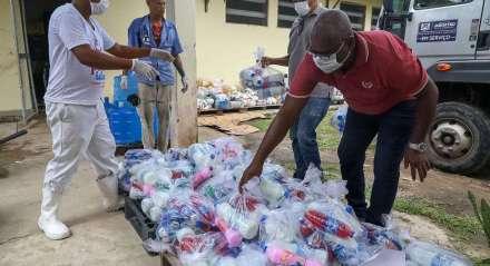Donativos vão beneficiar cerca de 300 idosos que moram em abrigos de Jaboatão