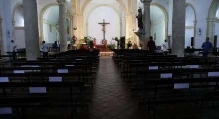 A Missa de Ramos, que dá início às celebrações da Semana Santa, foi realizada a portas fechadas devido ao novo coronavírus