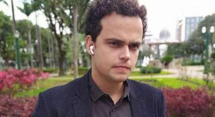 O JORNALISTA PEDRO ROCHA, FILHO DO APRESENTADOR FERNANDO ROCHA, É UM DOS CASOS CONFIRMADOS