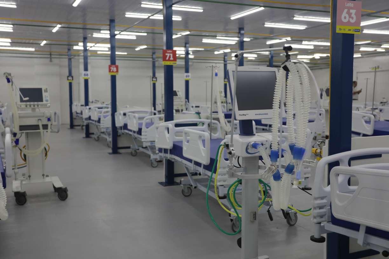 Migração da covid-19 para o interior condena capitais a manter equipes médicas hospitais de campanha