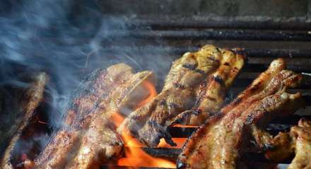 O churrasco se tornou paixão brasileira e indispensável nos finais de semana