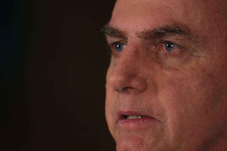 'E daí? Lamento. Quer que eu faça o quê?', diz Bolsonaro sobre aumento de mortes por coronavírus
