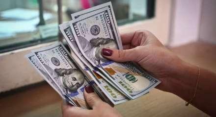 Foto: Sérgio Bernardo/JC Imagem Data: 27-4-2018 Assunto: ECONOMIA - Alta do Dólar- Moeda americana vem se valorizando nas últimas semanas. Palavras-Chaves: - # câmbio, cambio, dinheiro, dolar