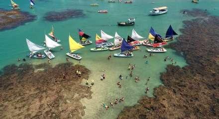 Foto: Sérgio Bernardo/JC Imagem Data: 28-8-2018 Assunto: CIDADES - Infraestrutura do Litoral Sul para o Verão. Imagens aéreas das piscinas naturais da praia de Porto de Galinhas. Palavras-Chaves: - ##drone