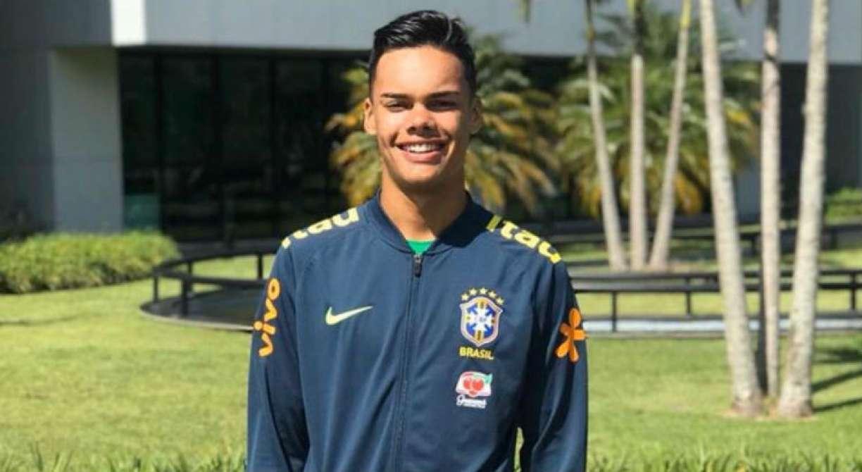 Perto de acerto com Flamengo, goleiro da base do Sport se emociona em rede social