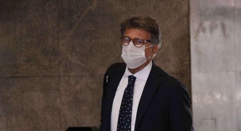 Paulo Marinho chega à Polícia Federal para prestar depoimento em caso que envolve Jair Bolsonaro
