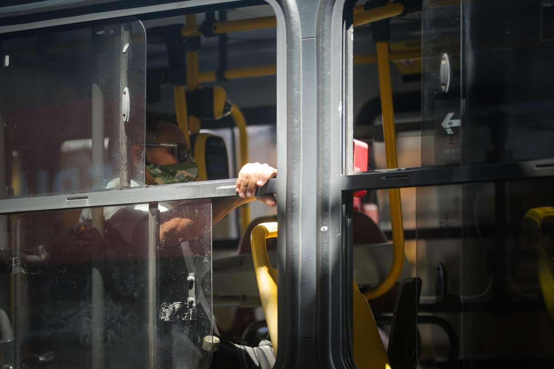 Empresários questionam legalidade do fim da dupla função de motoristas de ônibus do Grande Recife