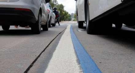 A Faixa Azul é como as faixas exclusivas para circulação de ônibus foram batizadas pela Prefeitura do Recife ainda em 2013, quando a capital se espelhou no modelo BRS que o Rio de Janeiro estava adotando