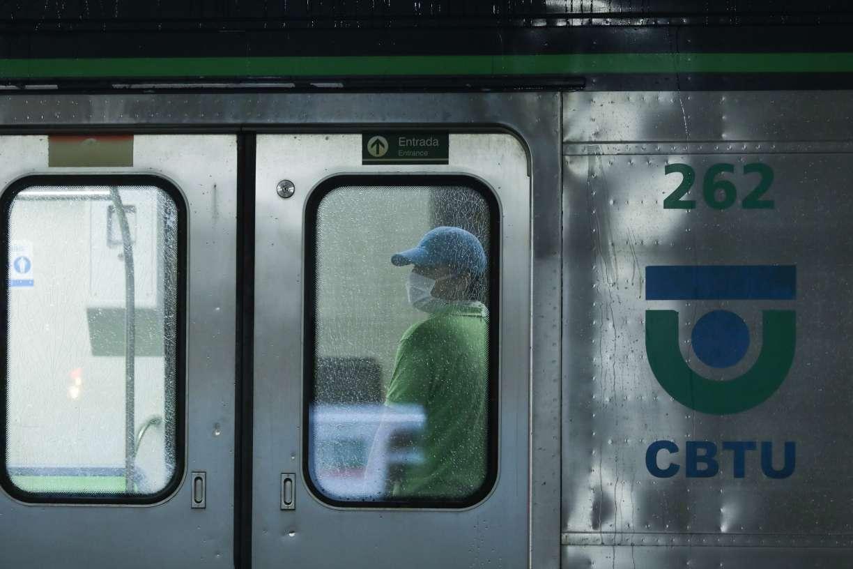 Apesar de pequena ajuda, Metrô do Recife segue sem perspectiva