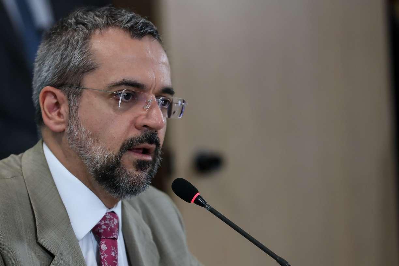 Juiz extingue processo que pedia suspensão de Weintraub no Banco Mundial