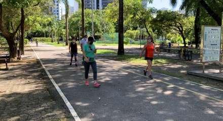 Movimentação no Parque da Jaqueira neste domingo (21)