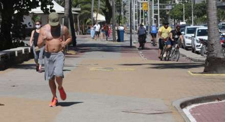 FOTO: DAY SANTOS/JC IMAGEM DATA: 24.06.2020 ASSUNTO: Movimentação nas prais, Boa Viagem. 24.06.2020