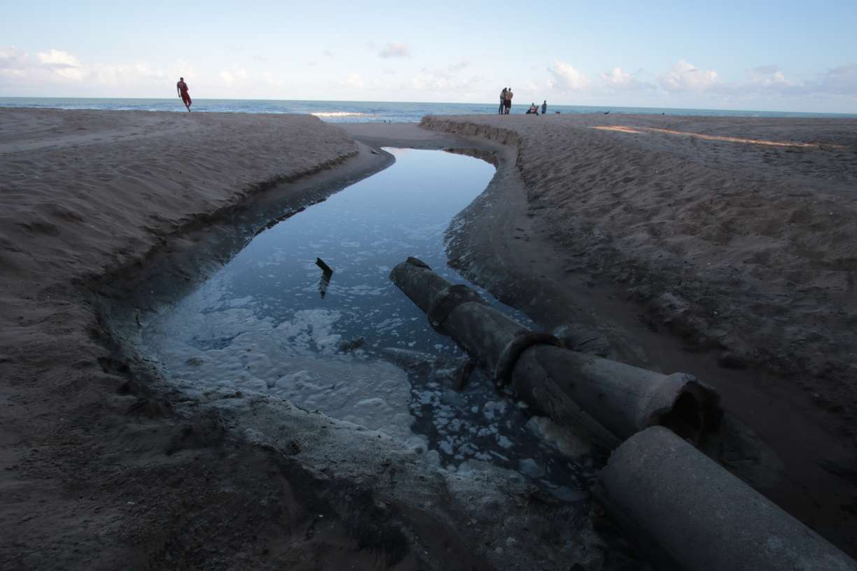 Saneamento avançou lentamente nas últimas décadas no Brasil