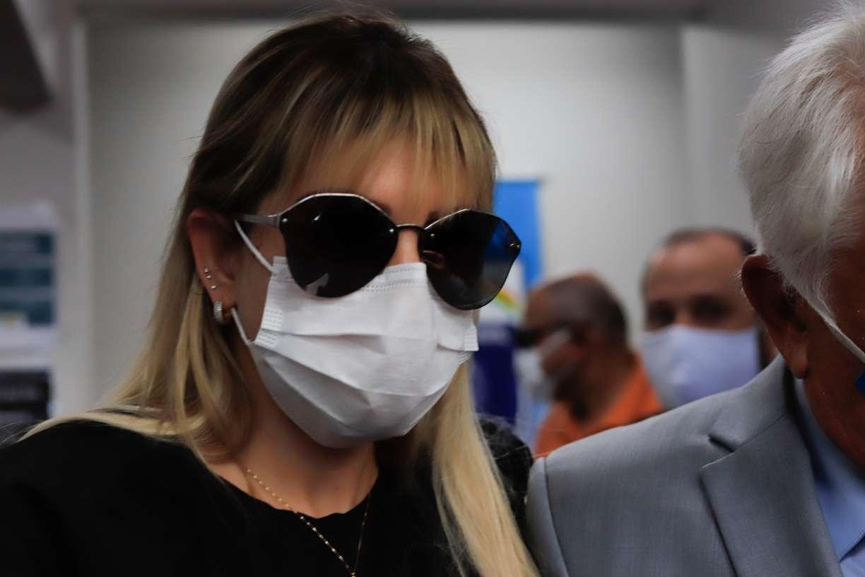 Caso Miguel: Sarí é indiciada por abandono de incapaz e pode pegar de 4 a 12 anos de reclusão se condenada