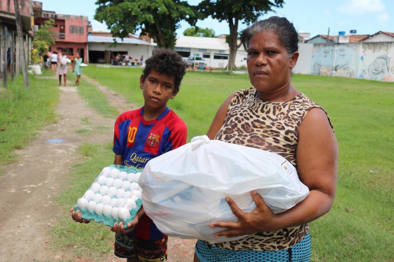 Instituto Pró-Criança distribui mais cestas básicas e produtos de higiene para famílias de Jaboatão