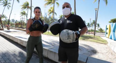 Liberação para prática de atividade física ao ar livre com profissional de educação física. Neste sábado (2), o movimento de pessoas em Boa Viagem era intenso