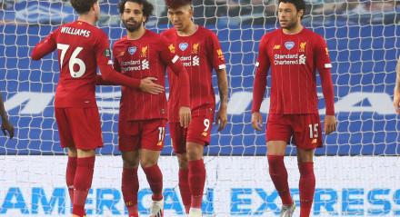 Liverpool, Mohamed Salah, Roberto Firmino, Oxlade-Chamberlain, Futebol, Esportes