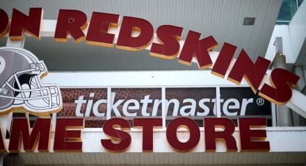 Fachada da loja do Washington Redskins