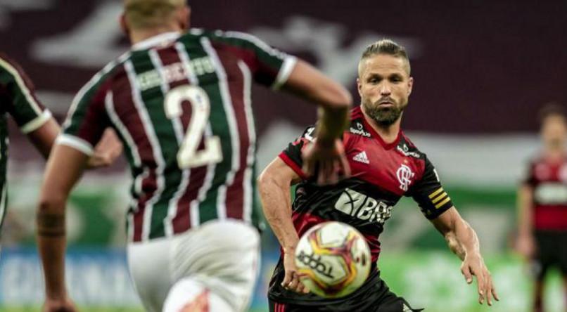 Flamengo e Fluminense vão para o terceiro jogo seguido no Maracanã