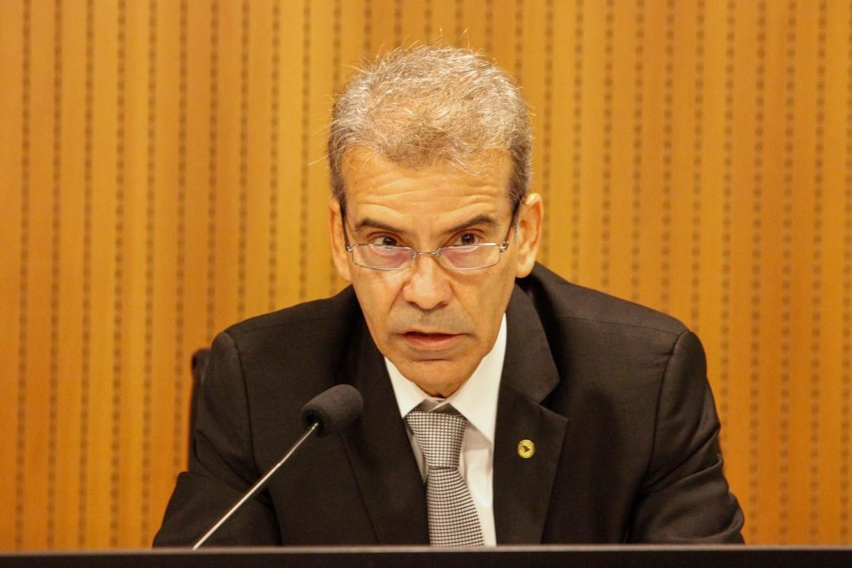 Deputado de oposição em Pernambuco procura fato concreto para embasar pedido de CPI da Covid contra governo Paulo Câmara