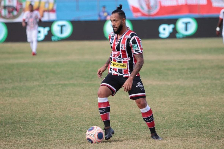 Paulinho defende que Santa Cruz tem plenas condições de conquistar o acesso à Série B