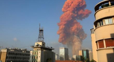 Uma explosão aconteceu nesta terça-feira (4) em Beirute, capital do Líbano