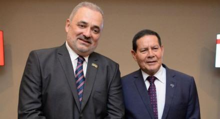 Marco Aurélio Meu Amigo, deputado estadual e pré-candidato a prefeito do Recife e General Mourão, vice-presidente da República