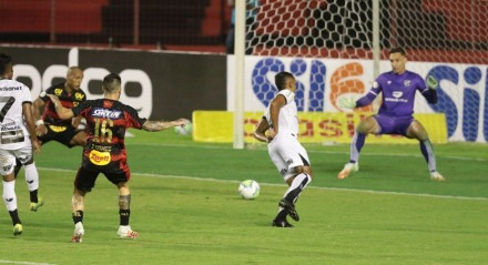 Jogo entre os times de futebol entre Sport x Ceará, valido pela primeira rodada do campeonato brasileiro de futebol série A, na ilha do Retiro em Recife, Pernambuco.