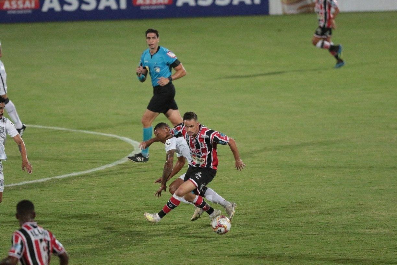 Artilheiro do Santa Cruz, Pipico quer recuperar condição física para ajudar time na reta final da Série C