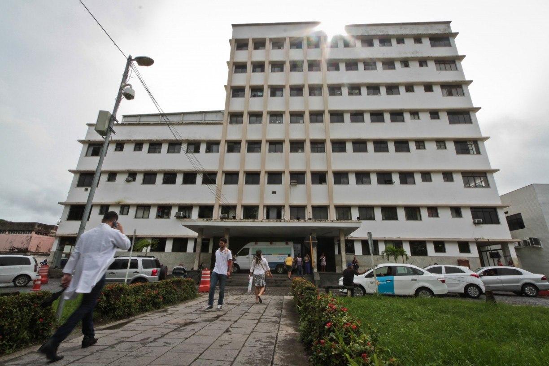 Polícia investiga tentativa de assalto contra vigilante em hospital do Recife