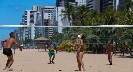 Esporte, Coletivos, Praia, Liberados, Recife, Boa Viagem, Coronavírus, Covid-19, Novo Coronavírus.