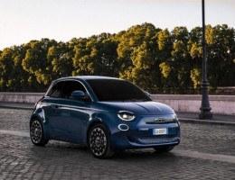 O novo Fiat 500, agora cem por cento elétrico, começou a ser vendido na Itália