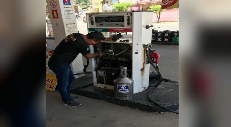 Ipem-PE reprova 212 bombas de combustíveis no Estado; postos têm até 10 dias para realizar os reparos