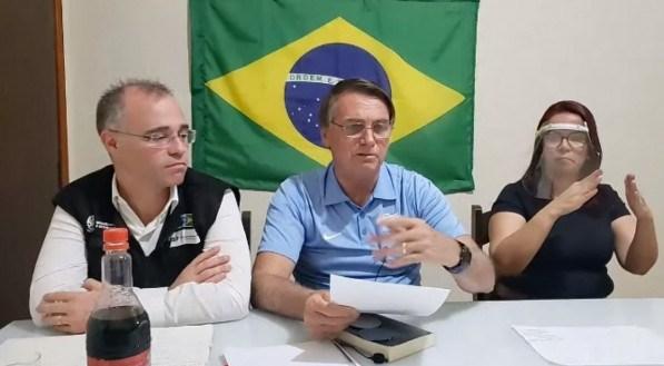 Bolsonaro reafirma que PEC da reforma não se aplica aos atuais servidores