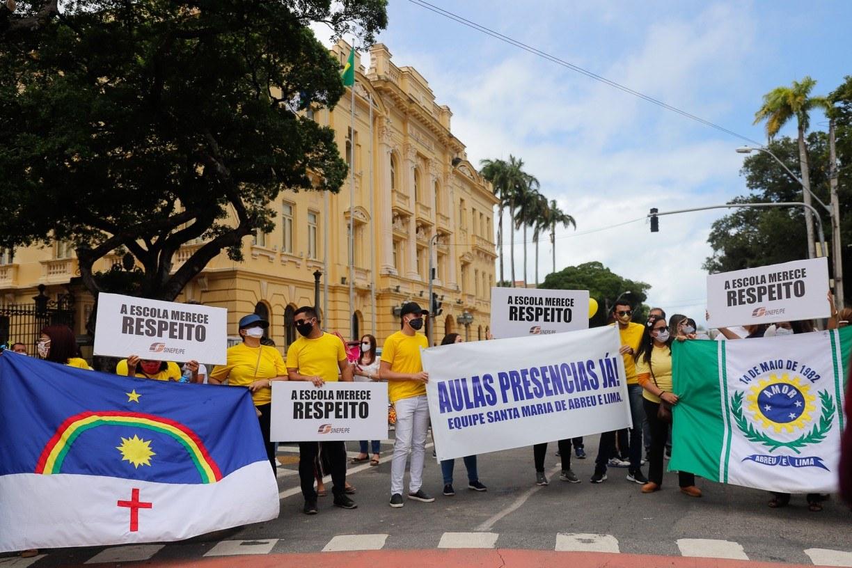 Governo rebate donos de escolas e reafirma que aulas presenciais só voltam com avaliação da covid-19 em Pernambuco