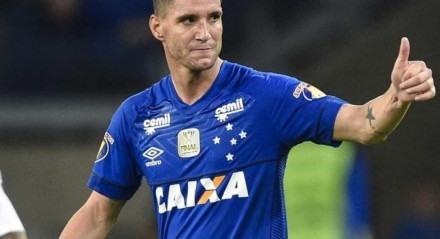 Thiago Neves estava no Cruzeiro em 2019 e neste ano acertou recentemente a saída do Grêmio