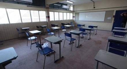 Educação - Estudo - Aula - Aluno - Professor - Sala - Pandemia - Covid-19